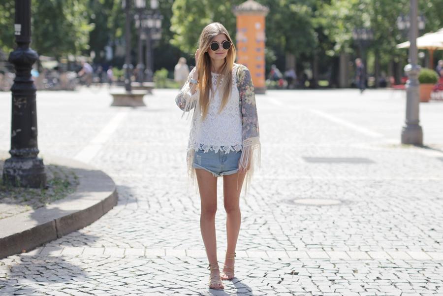 Kimono Outfit 3