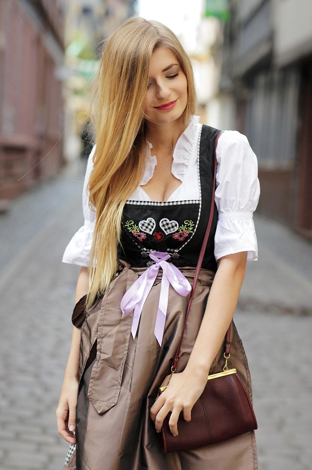 Dirndl Dirndlfest Oktoberfest Outfit Blog 5