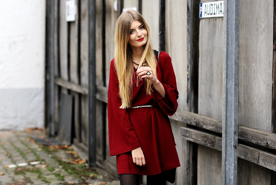 Rotes Kleid Outfit Blog 6