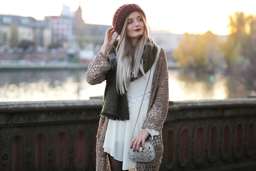 Modeblog-Fashion-Blog-Fransencardigan-Boho-Outfit-6