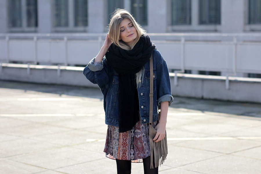 Modeblog-German-Fashion-Blog-Boho-Outfit-Jeansjacke-70s-Look-8