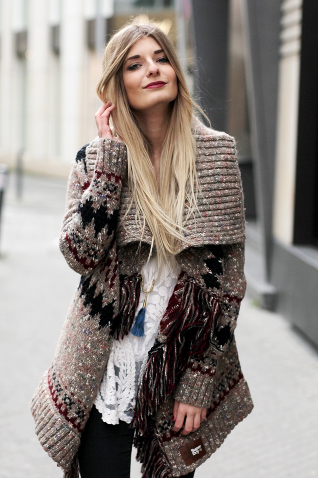 Modeblog-German-Fashion-Blog-Outfit-Azteken-Cardigan-4