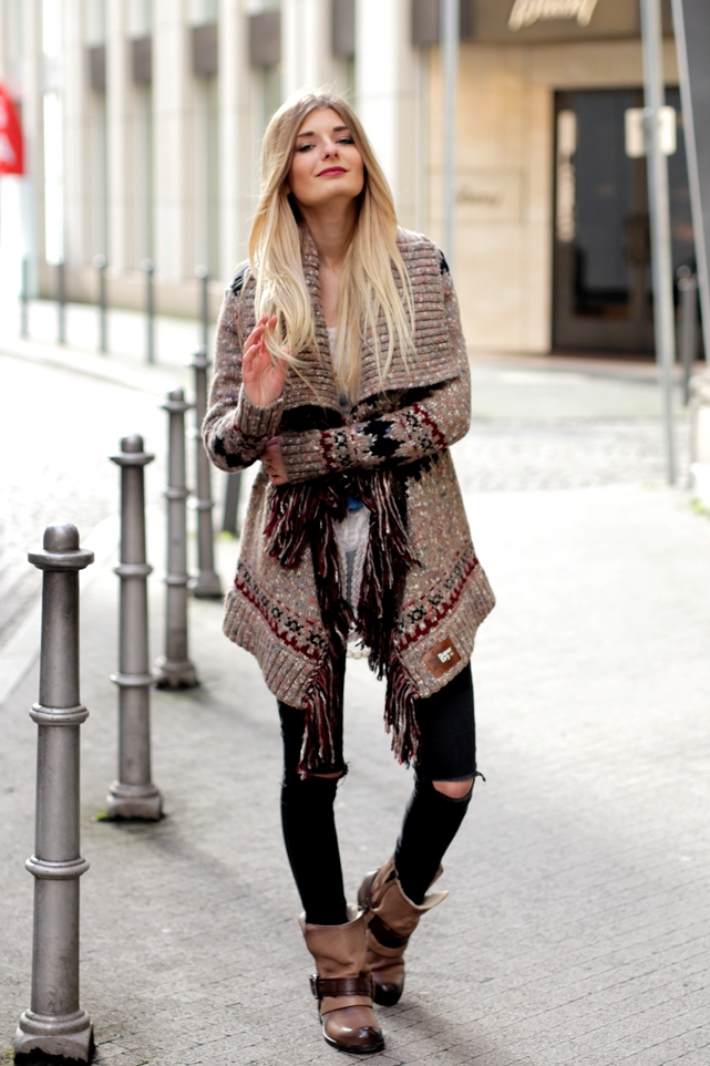 Modeblog-German-Fashion-Blog-Outfit-Azteken-Cardigan-7