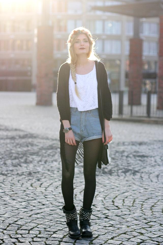 Modeblog-German-Fashion-Blog-Outfit-Kimono-Blumenkranz-2