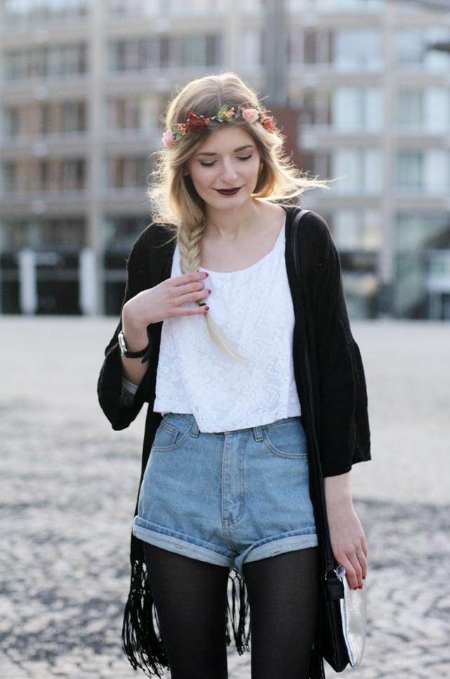 Modeblog-German-Fashion-Blog-Outfit-Kimono-Blumenkranz-9