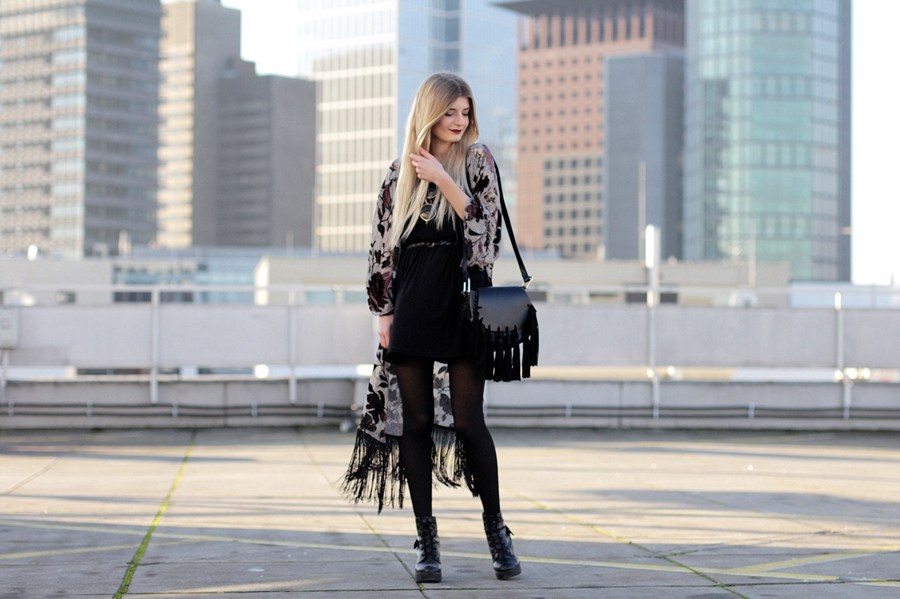 Modeblog-German-Fashion-Blog-Outfit-Kimono-Fransen-4