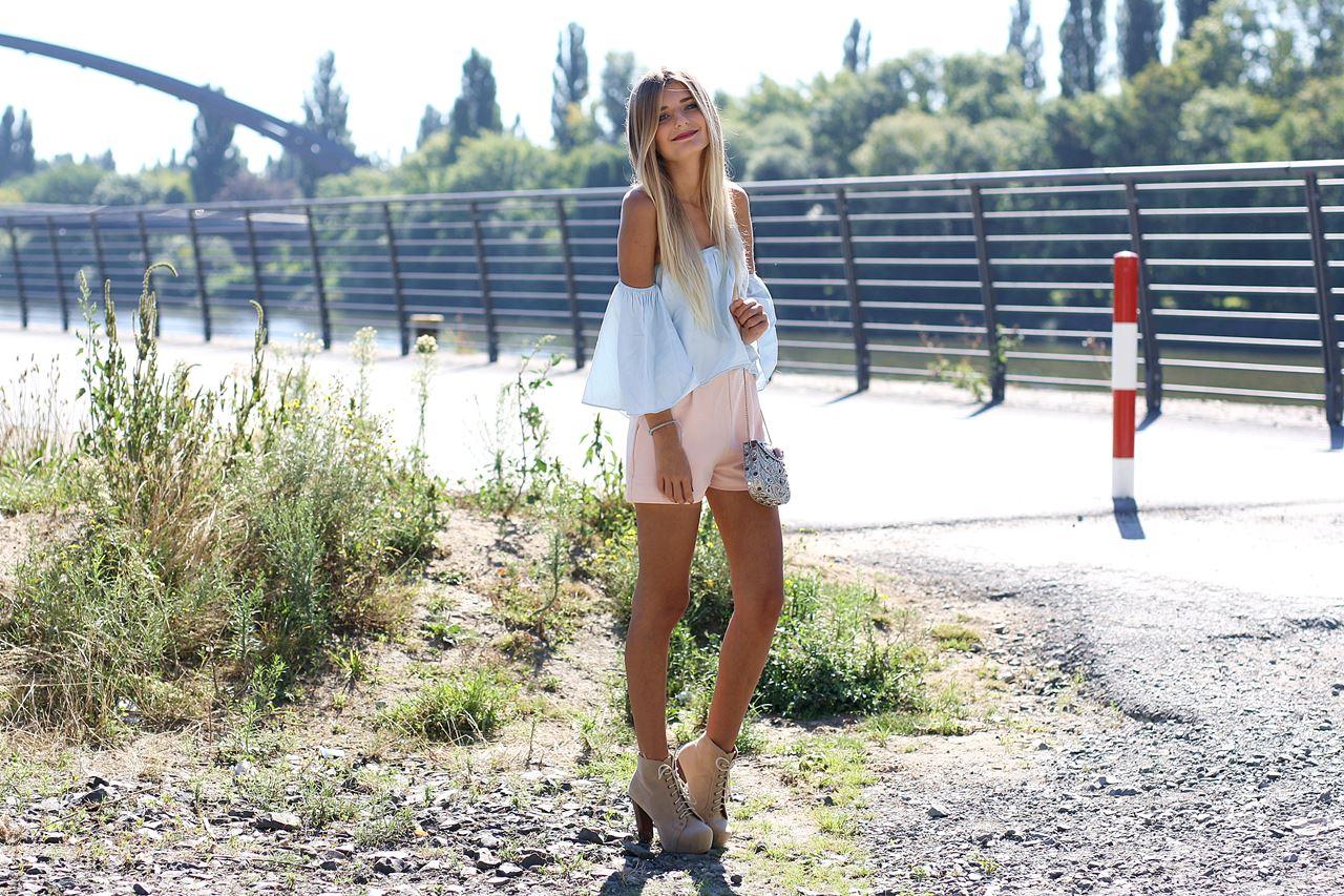 Modeblog-German-Fashion-Blog-Outfit-Pastell-Off-Shoulder-5