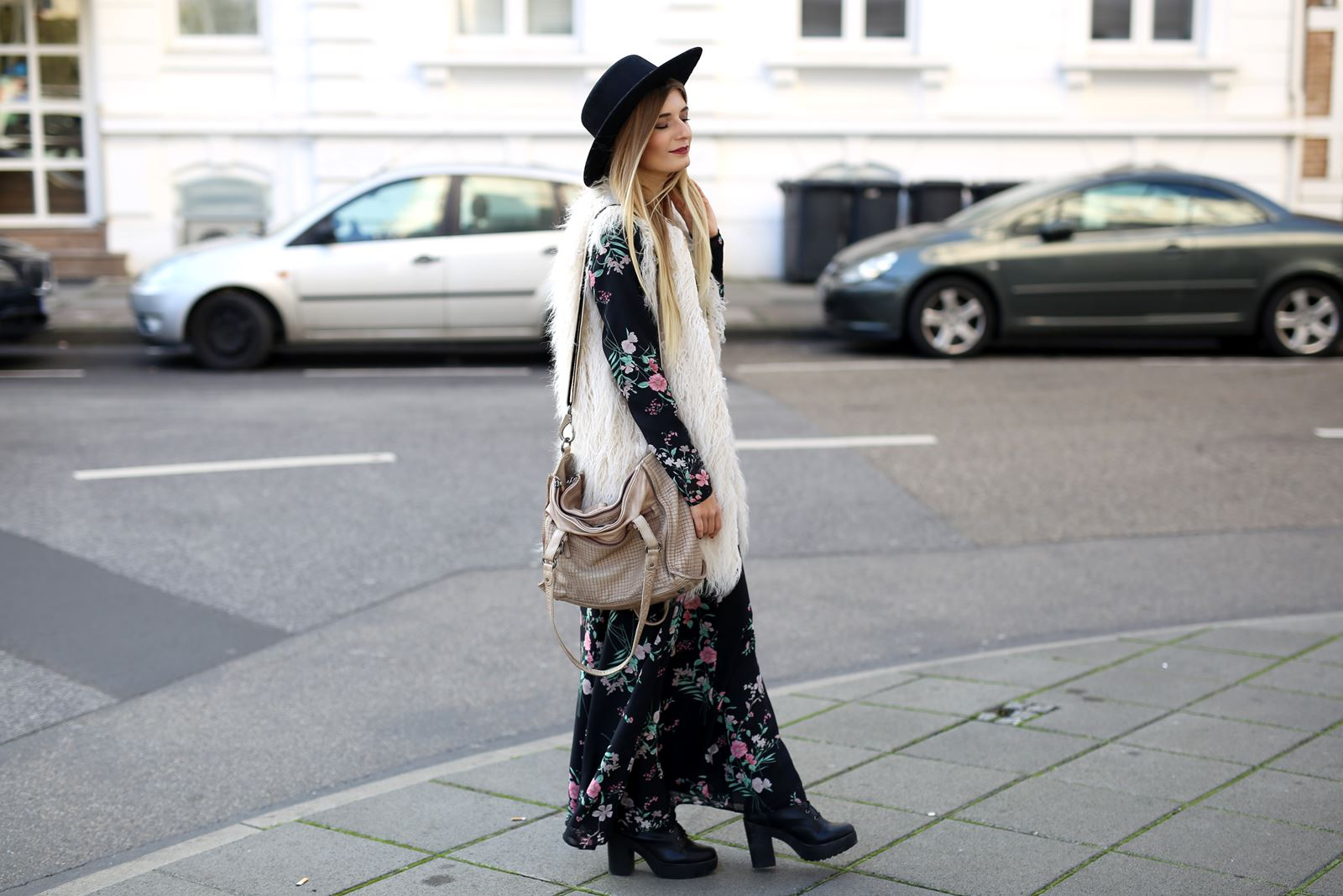 modeblog-fashion-blog-outfit-herbst-fake-fur-maxi-kleid-4