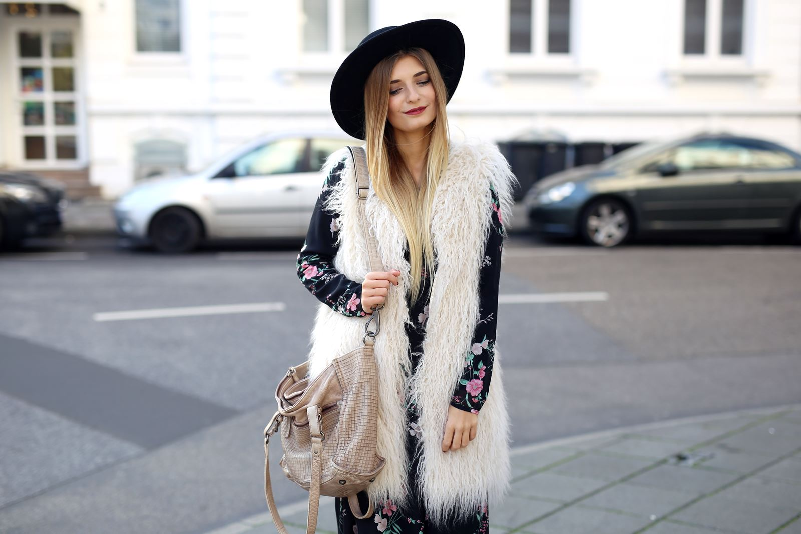 modeblog-fashion-blog-outfit-herbst-fake-fur-maxi-kleid-5