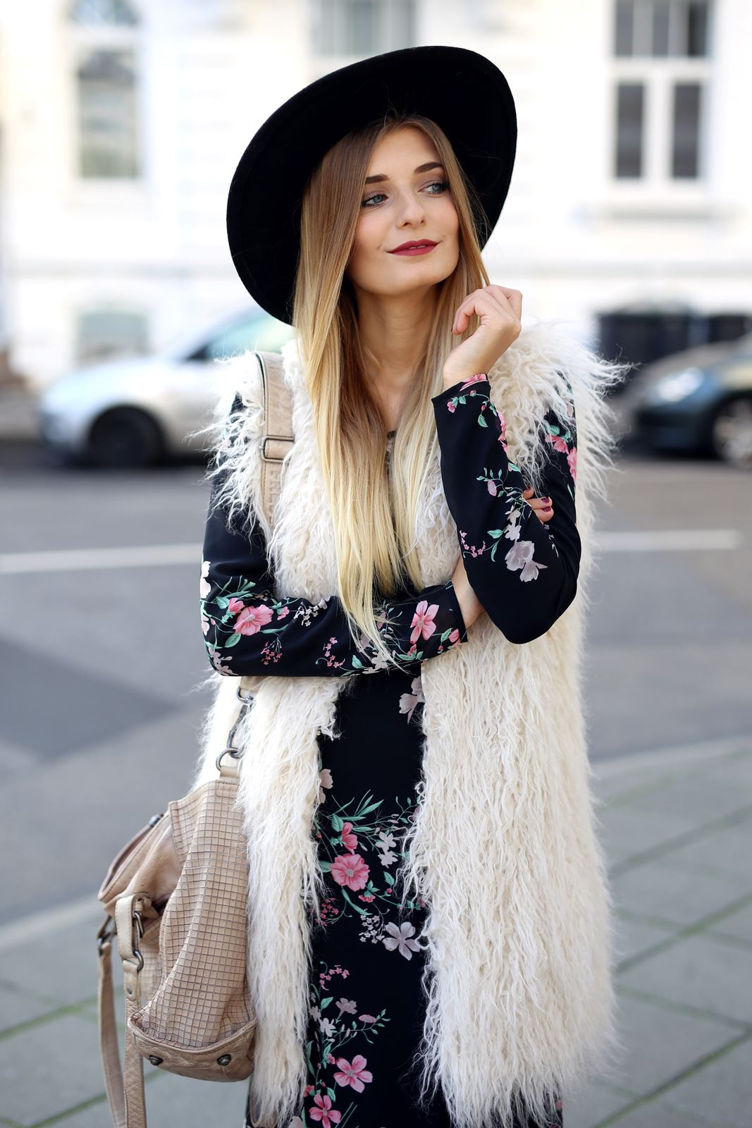 modeblog-fashion-blog-outfit-herbst-fake-fur-maxi-kleid-8