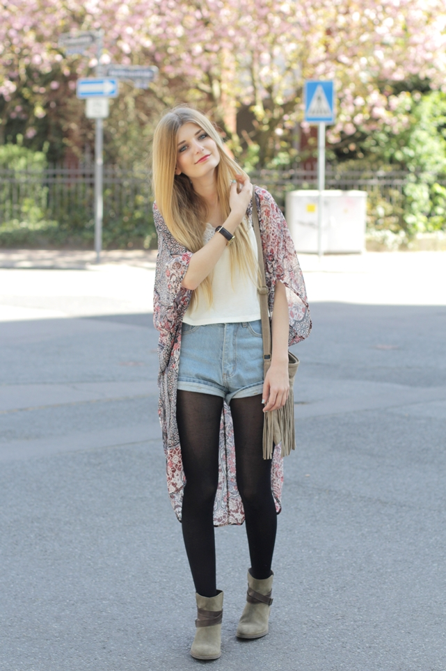 Kimono Jeansshorts Outfit 3
