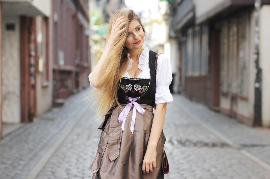 Dirndl Dirndlfest Oktoberfest Outfit Blog 9