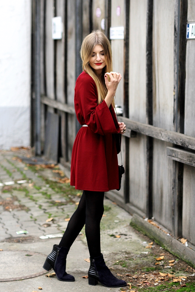 Rotes Kleid Outfit Blog 3