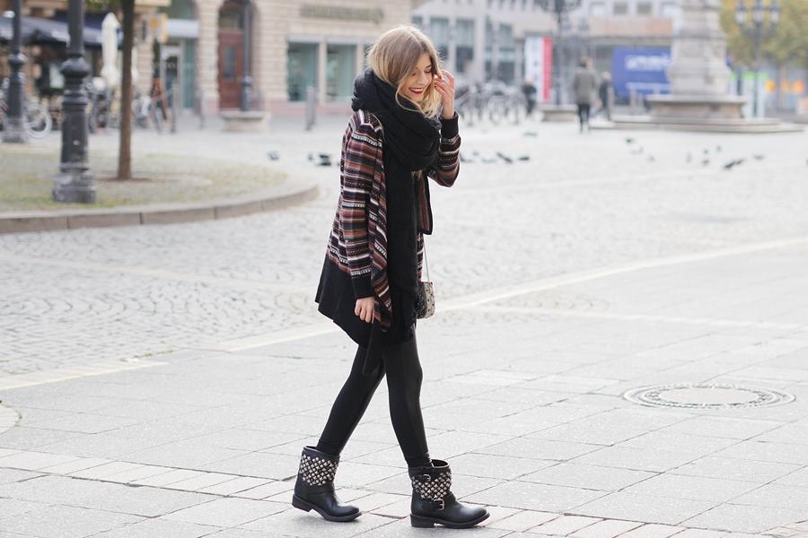 Azteken-Cardigan-Outfit-Modeblog-Fashion-Blog-1