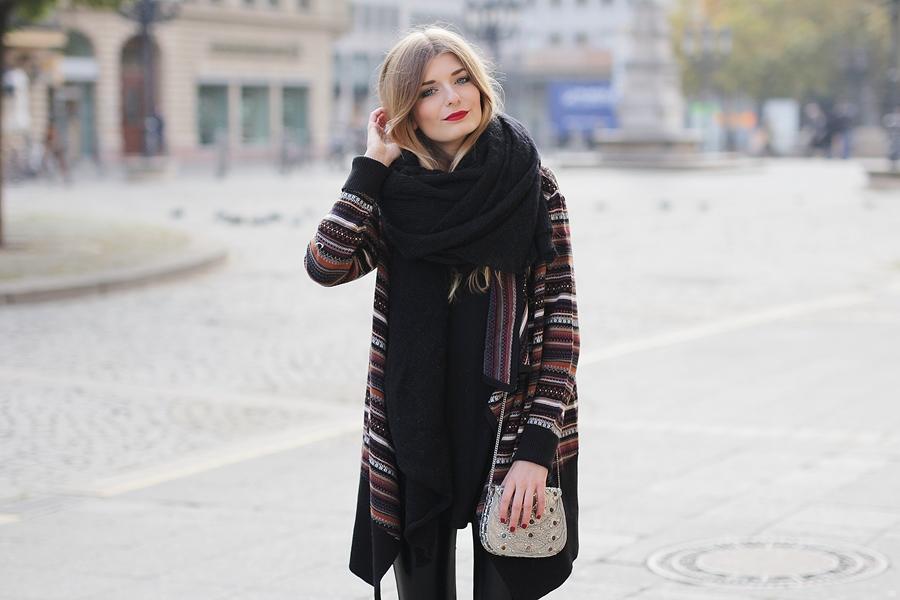 Azteken-Cardigan-Outfit-Modeblog-Fashion-Blog-8