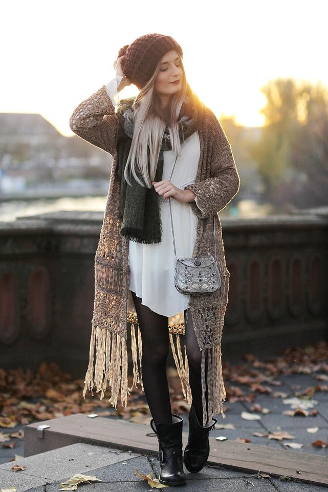 Modeblog-Fashion-Blog-Fransencardigan-Boho-Outfit-2