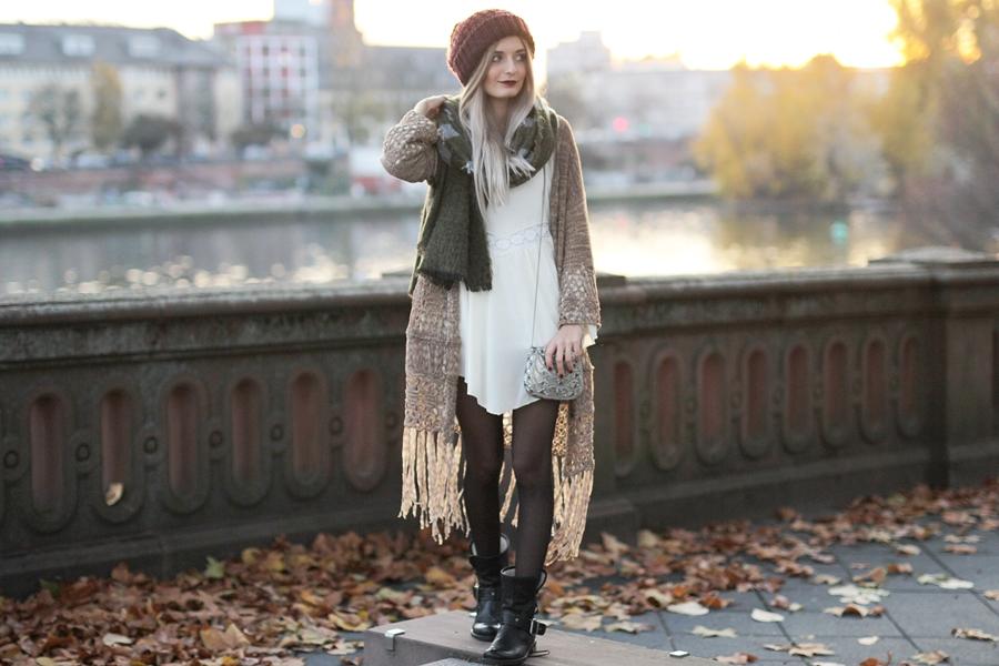 Modeblog-Fashion-Blog-Fransencardigan-Boho-Outfit-3