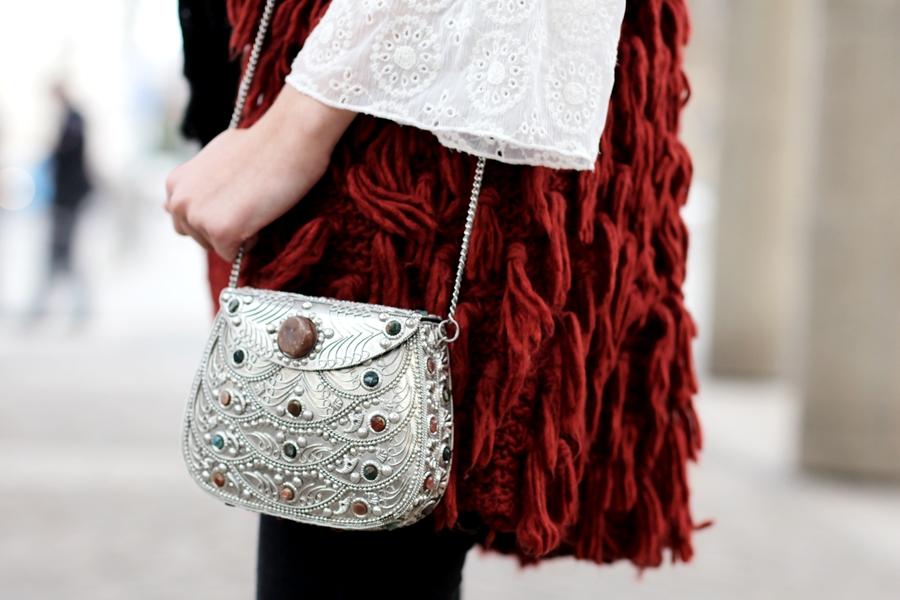 Deutscher-Modeblog-German-Fashion-Blog-Outfit-rote-Weste-Skinny-Jeans-6