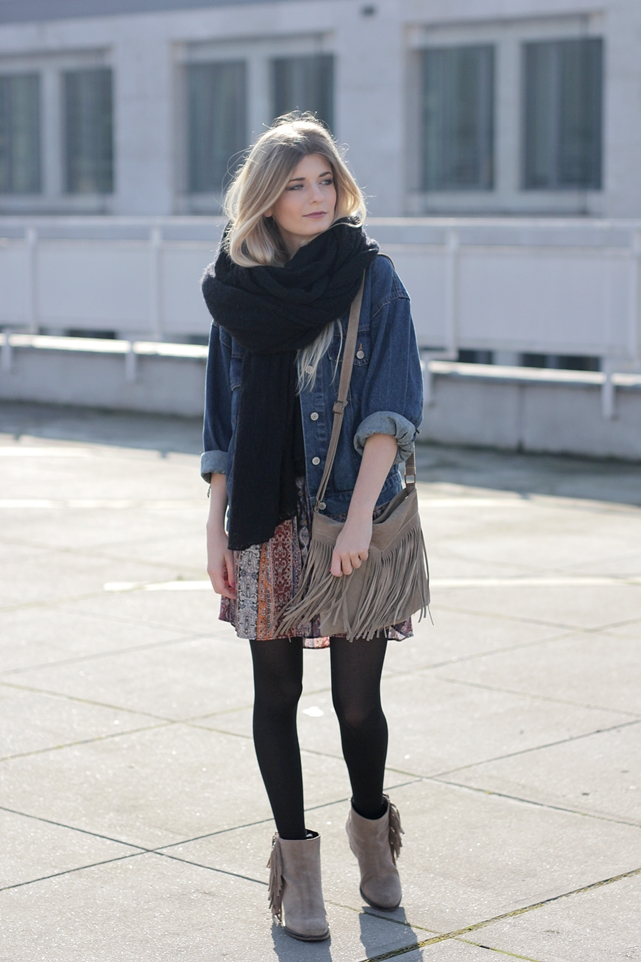 Modeblog-German-Fashion-Blog-Boho-Outfit-Jeansjacke-70s-Look-2