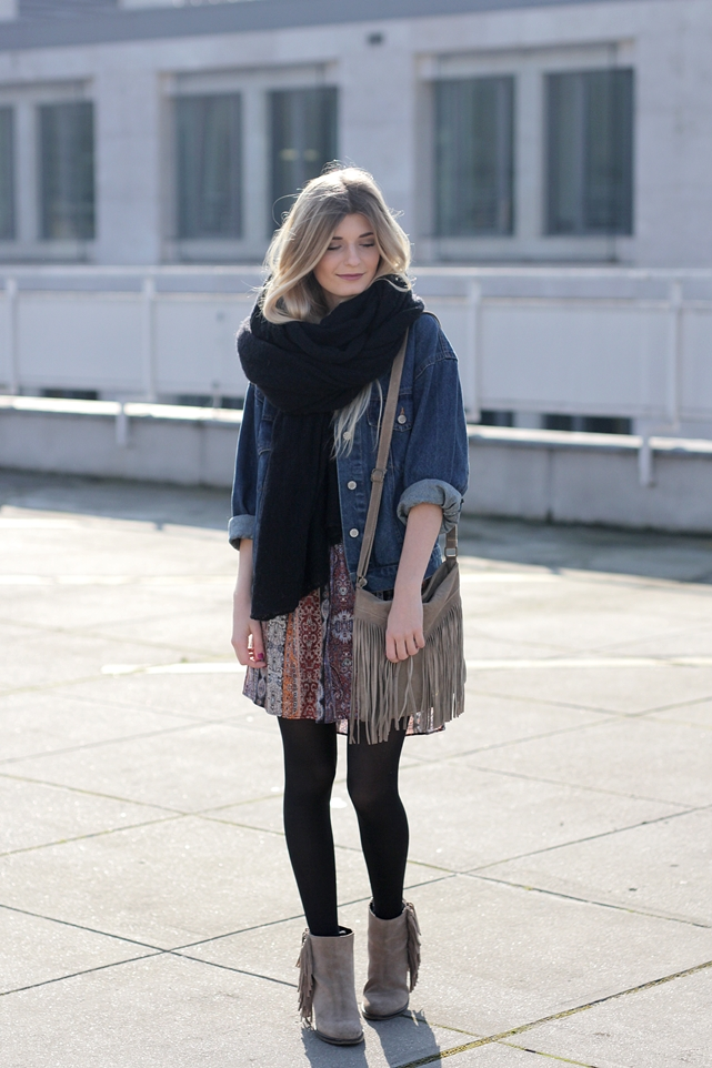 Modeblog-German-Fashion-Blog-Boho-Outfit-Jeansjacke-70s-Look-3