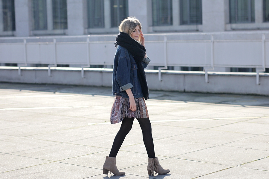 Modeblog-German-Fashion-Blog-Boho-Outfit-Jeansjacke-70s-Look-4