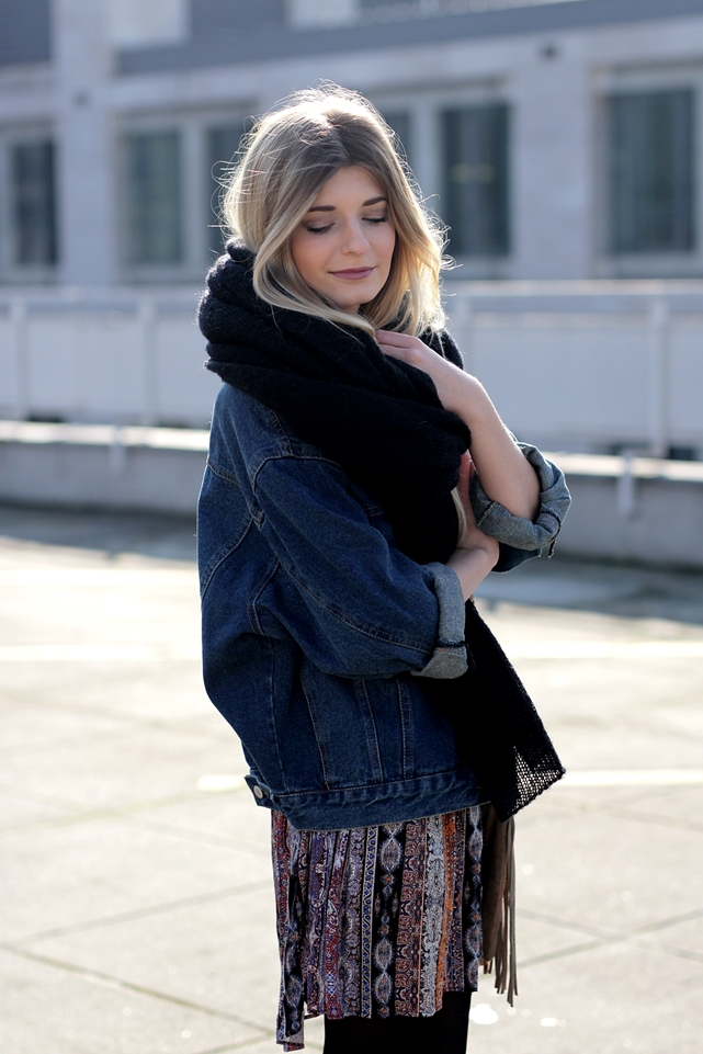 Modeblog-German-Fashion-Blog-Boho-Outfit-Jeansjacke-70s-Look-9
