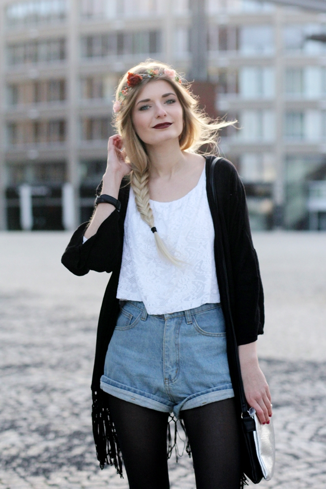 Modeblog-German-Fashion-Blog-Outfit-Kimono-Blumenkranz-8