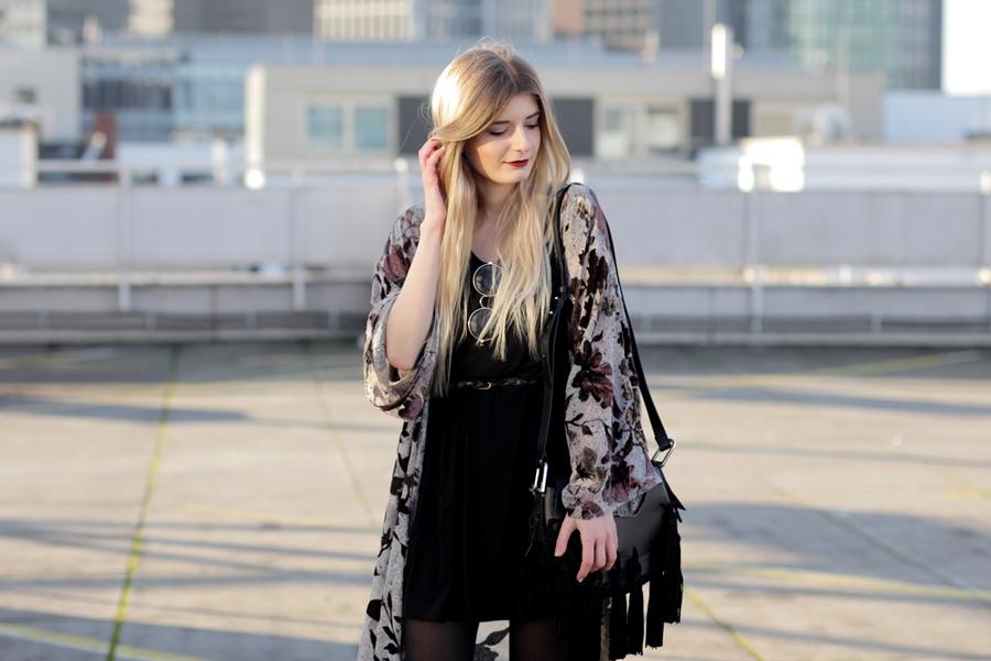 Modeblog-German-Fashion-Blog-Outfit-Kimono-Fransen-5