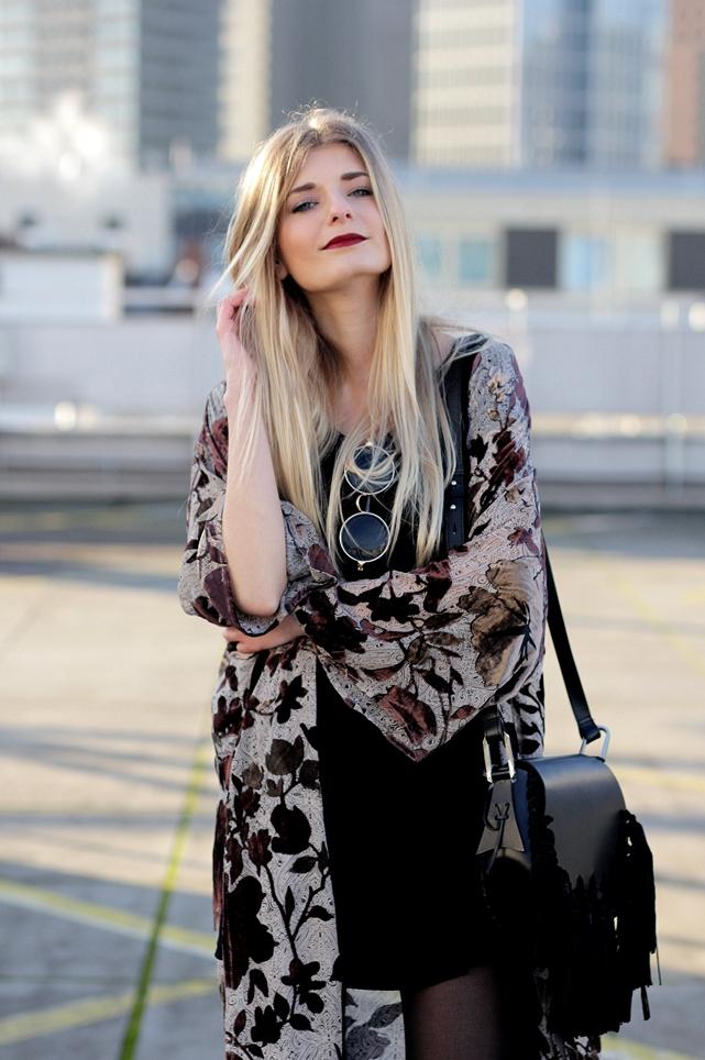 Modeblog-German-Fashion-Blog-Outfit-Kimono-Fransen-7