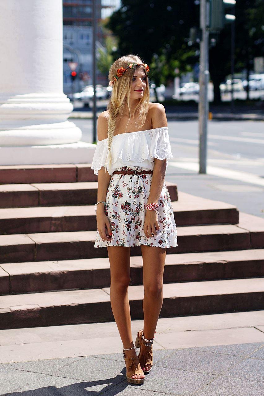 Modeblog-German-Fashion-Blog-Outfit-Blumenrock-Schulterfrei-1