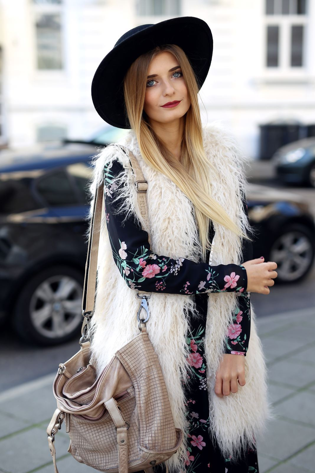 modeblog-fashion-blog-outfit-herbst-fake-fur-maxi-kleid