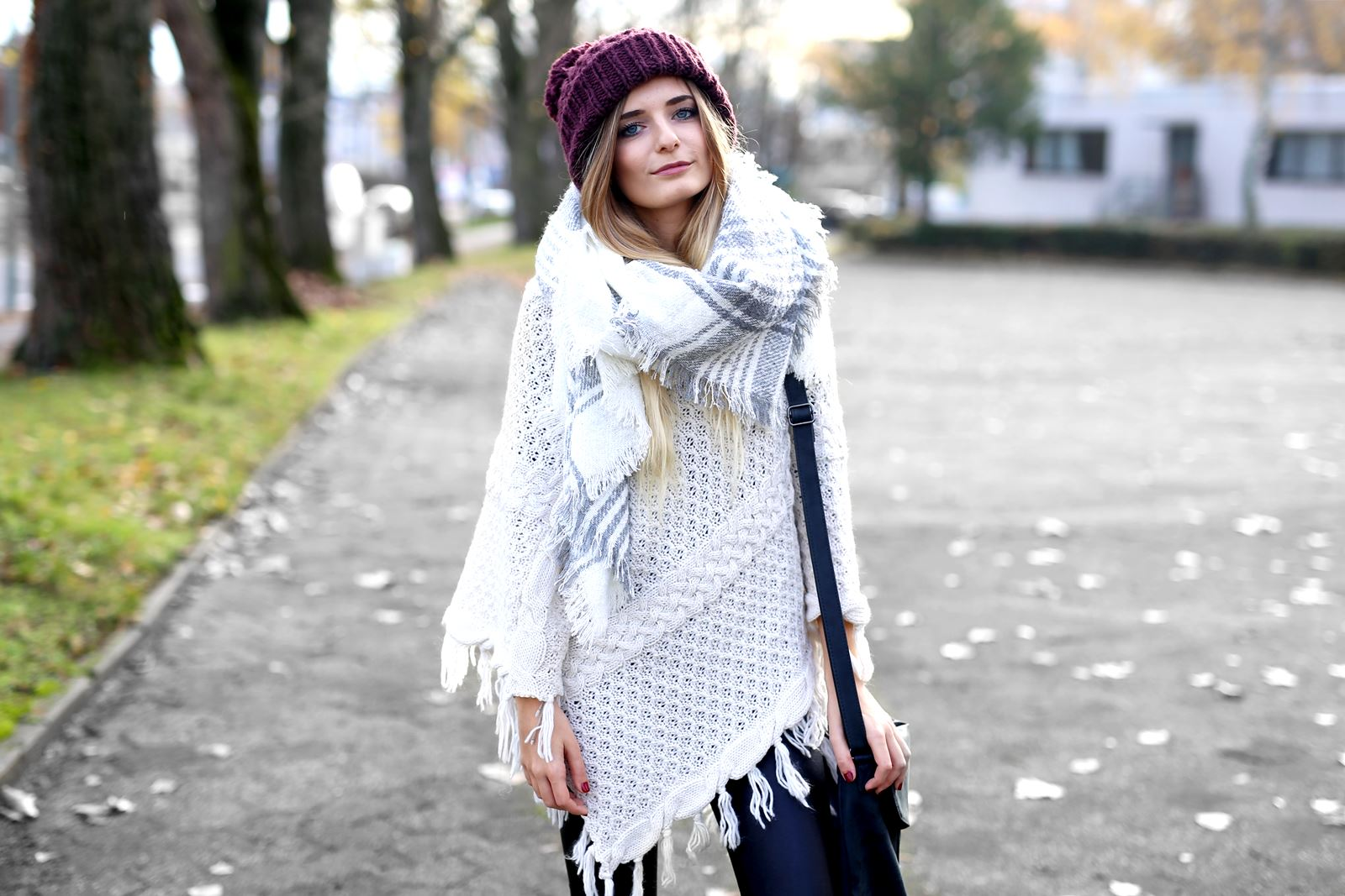 modeblog-german-fashion-blog-herbst-outfit-poncho-xxl-schal-5