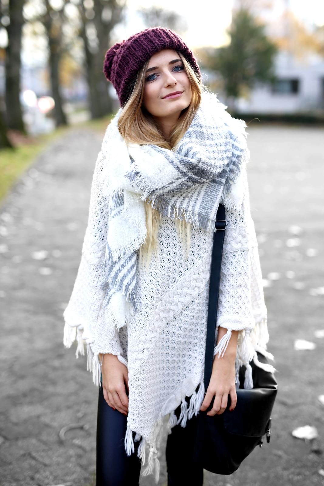 modeblog-german-fashion-blog-herbst-outfit-poncho-xxl-schal-6