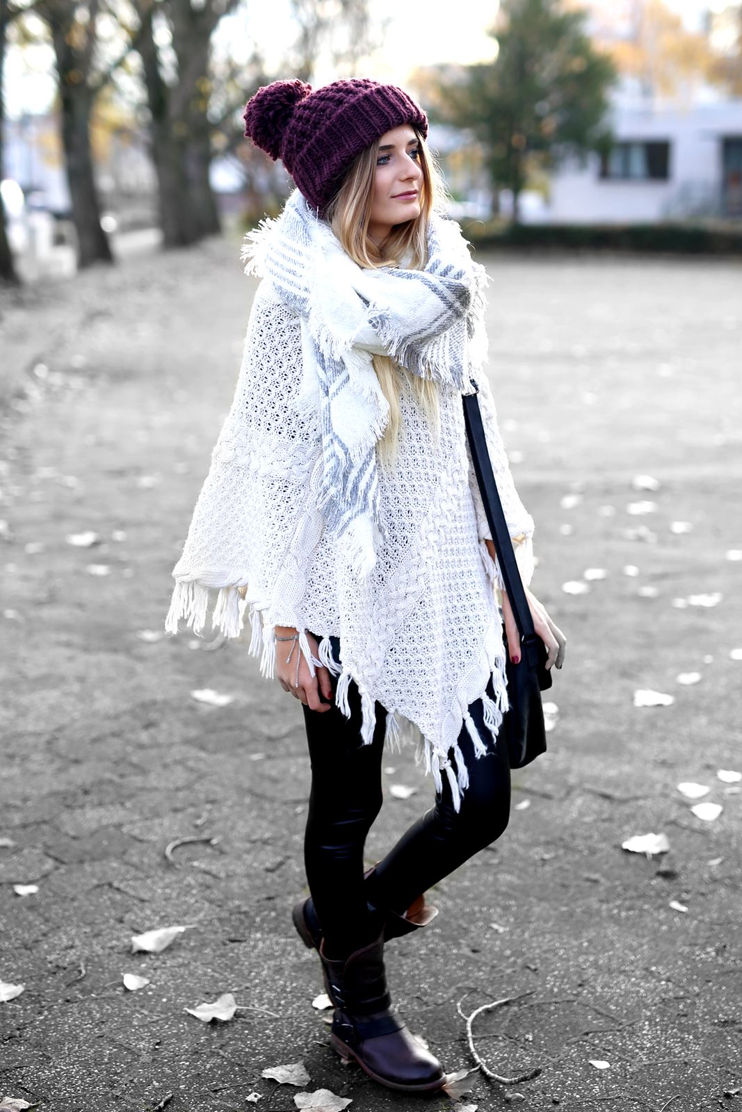 modeblog-german-fashion-blog-herbst-outfit-poncho-xxl-schal-7